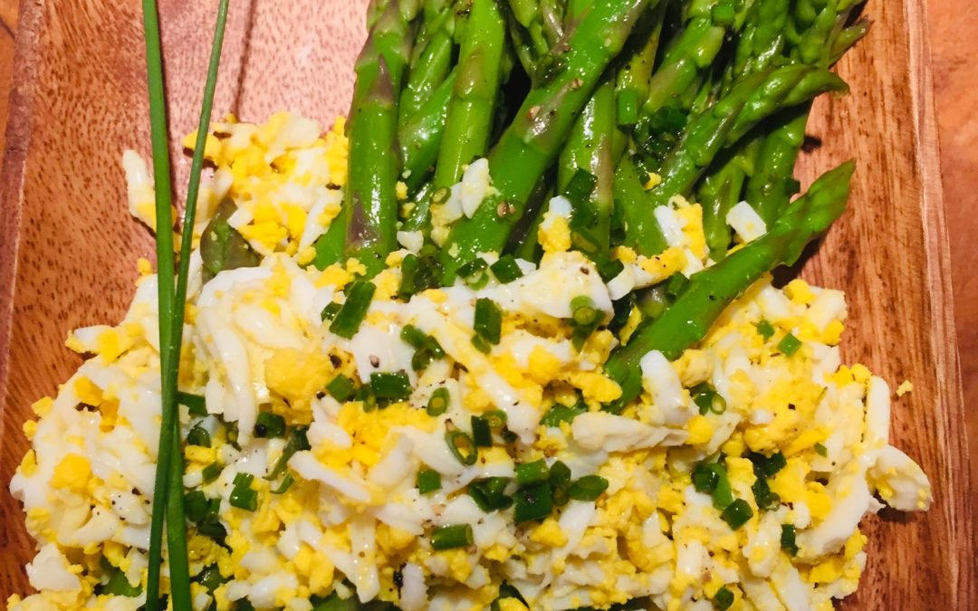 Asparagus with Eggs Mimosa